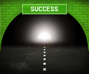 tunnel-to-success_MyNLCtq_
